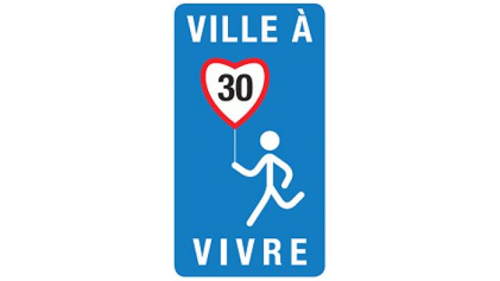 Route à 30 en ville en l'absence de piste