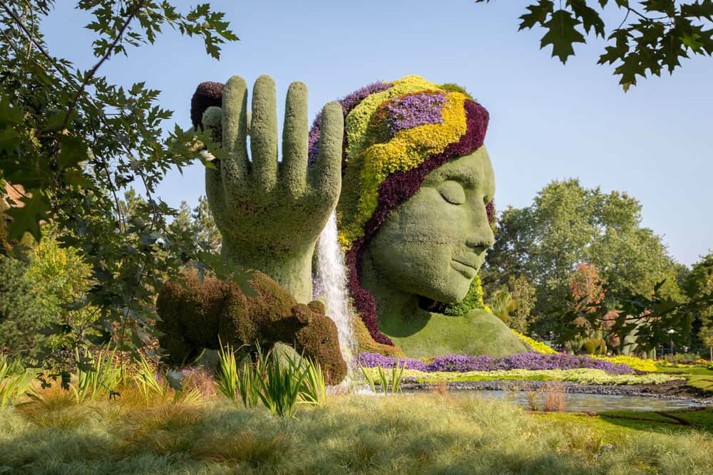 Exposition de sculptures végétales dans la ville : découvrez la mosaiculture !