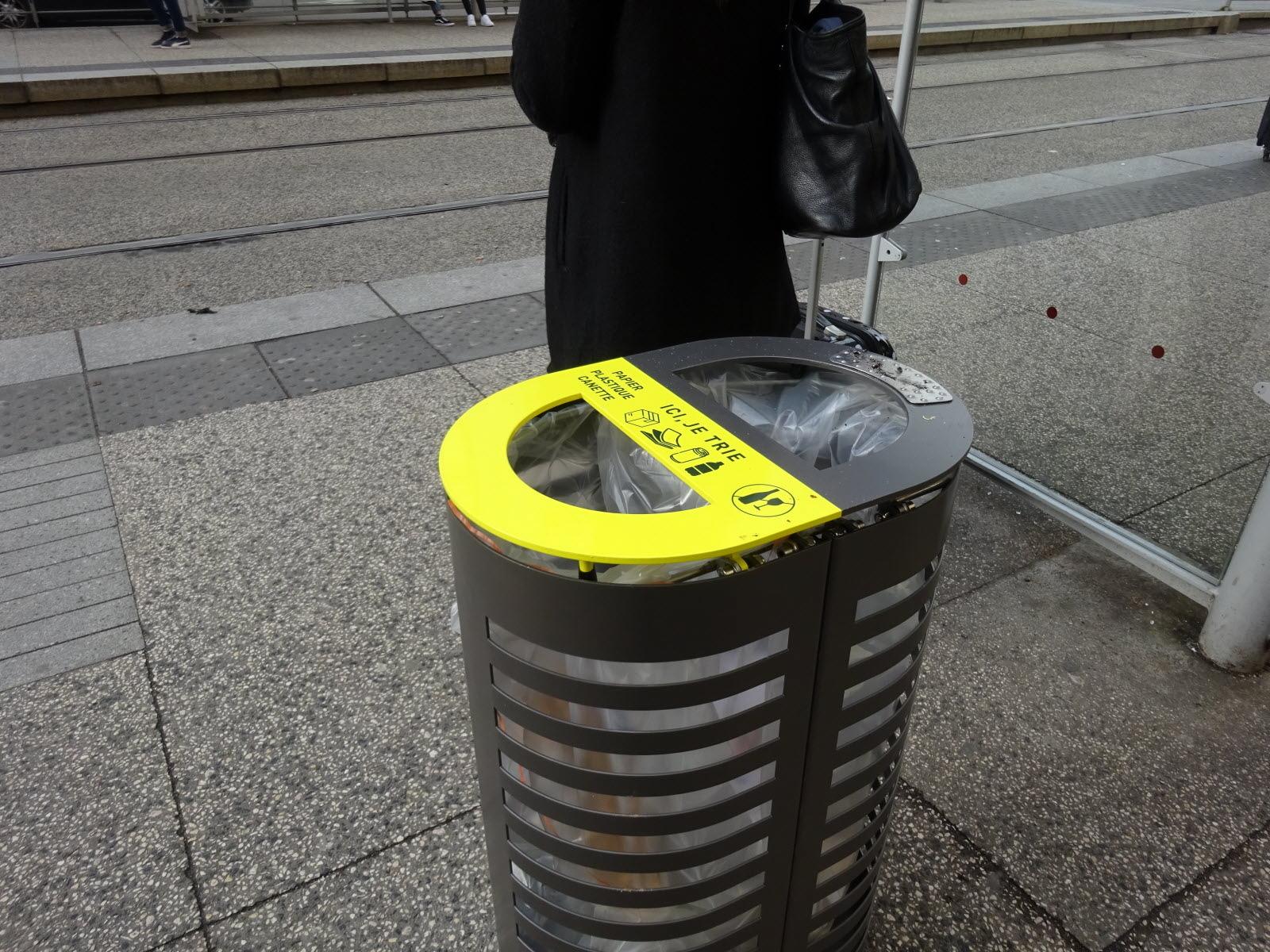 Compartiment de recyclage pour poubelle