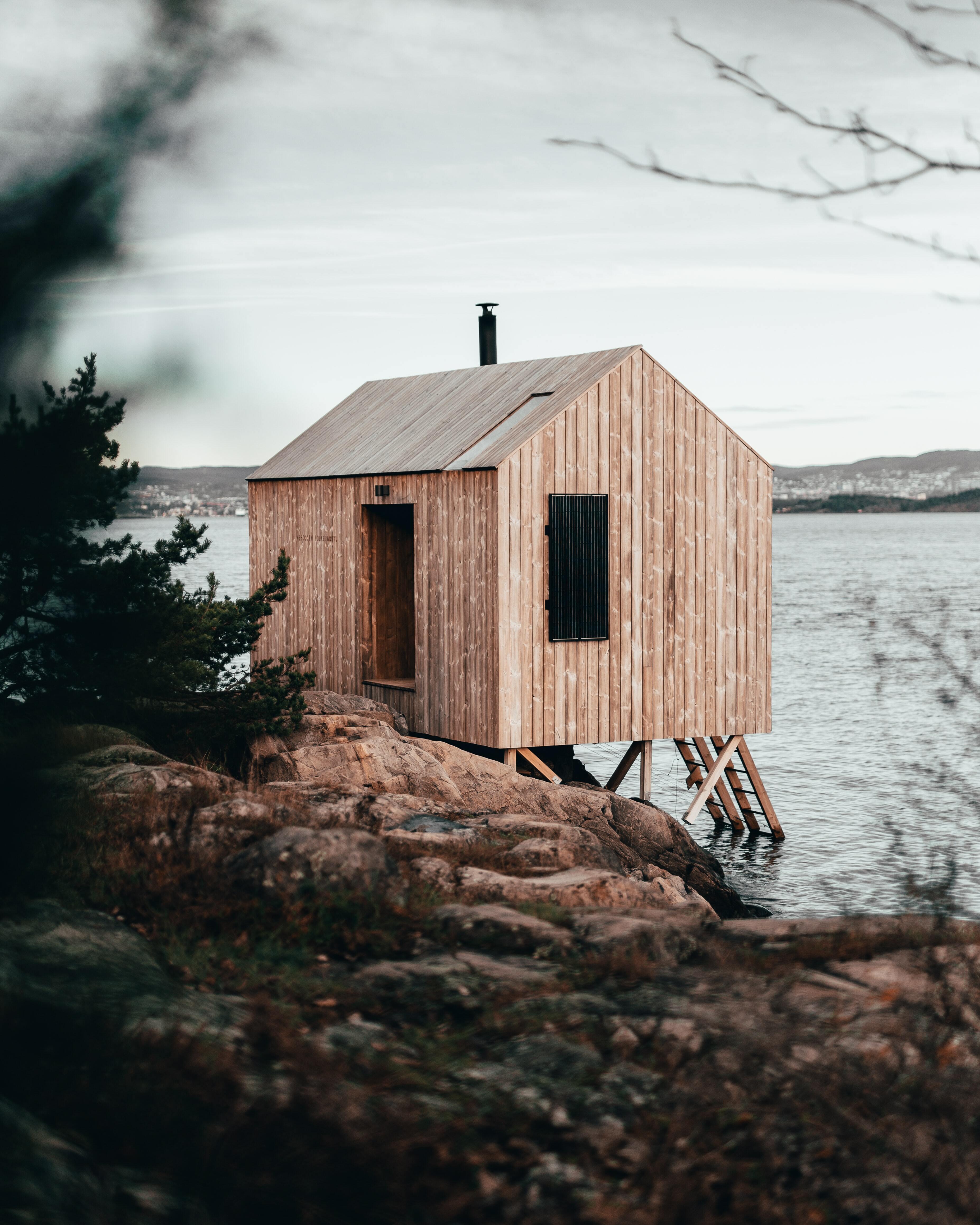 Création d'un sauna public au Lac de Maine