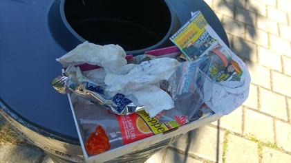 Ce que l'on ramasse en moins de 3 minutes parc Robert d'Abrissel...