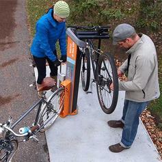 Stations pour réparation et gonflage des vélos