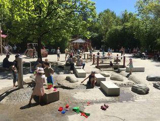 Aire de jeux d'aventure naturelles pour enfants